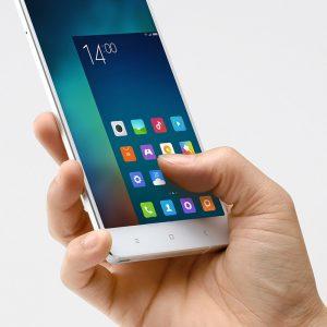 Как включить управление одной рукой на Xiaomi - пошаговая инструкция