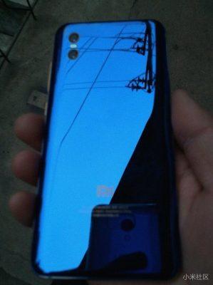 Задняя часть Xiaomi Mi 7