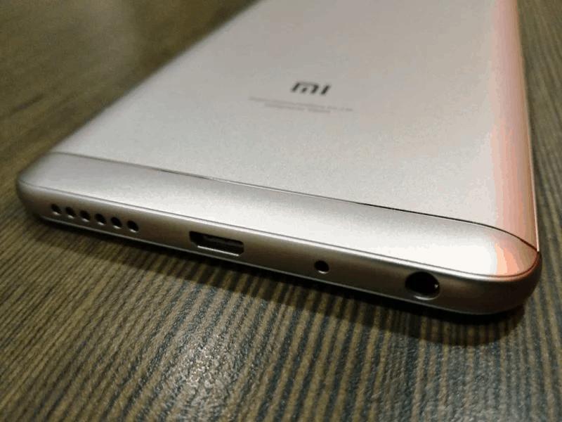 Нижняя часть Xiaomi Redmi Note 5 Pro